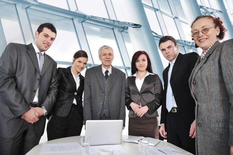 Baby boomers, X, Y, Z: várias gerações em um único escritório. Quais são os desafios do RH?